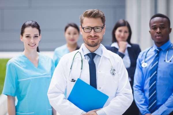 Jak kupić opinie na znanym lekarzu